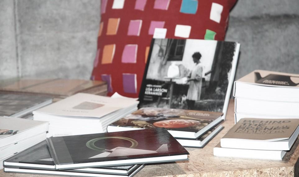 Konst- och designböcker i butiken