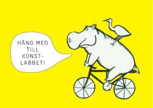 """Tecknad cyklande flodhäst med en fågel på ryggen som säger """"häng med till konstlabbet""""."""